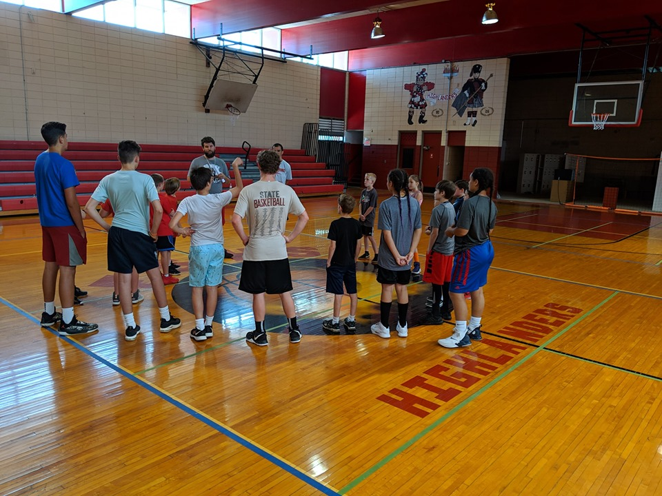 2019 Junior Basketball on the court